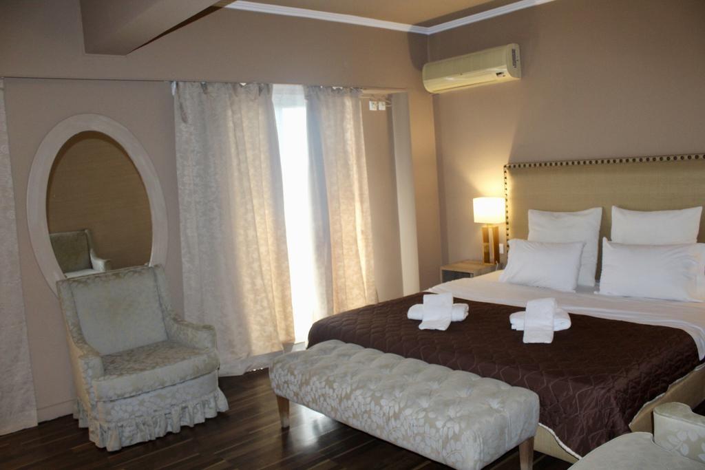 Galaxy Hotel Athens – Αθηνα ✦ 3 Ημερες (2 Διανυκτερευσεις) ✦ 2 Άτομα ✦ Πρωινο ✦ Εορτες (23/12/2018 εως 02/01/2019) ✦ Free WiFi