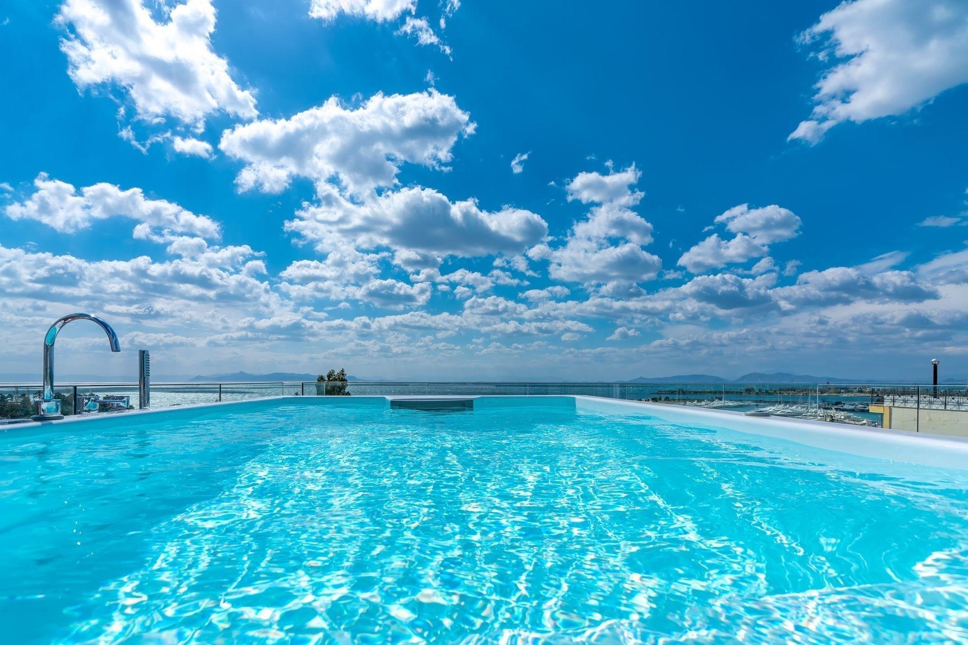 5* Glyfada Riviera Hotel - Αθήνα ✦ -22% ✦ 2 Ημέρες (1 Διανυκτέρευση) ✦ 2 άτομα ✦ Πρωινό ✦ 01/05/2020 έως 30/09/2020 ✦ Free WiFi