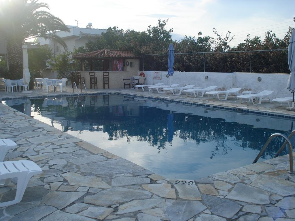 Golden Beach Hotel – Αιγινα ✦ -30% ✦ 2 Ημερες (1 Διανυκτερευση) ✦ 2 Άτομα ✦ Πρωινο ✦ 01/07/2018 εως 31/08/2018 ✦ Free Wifi!