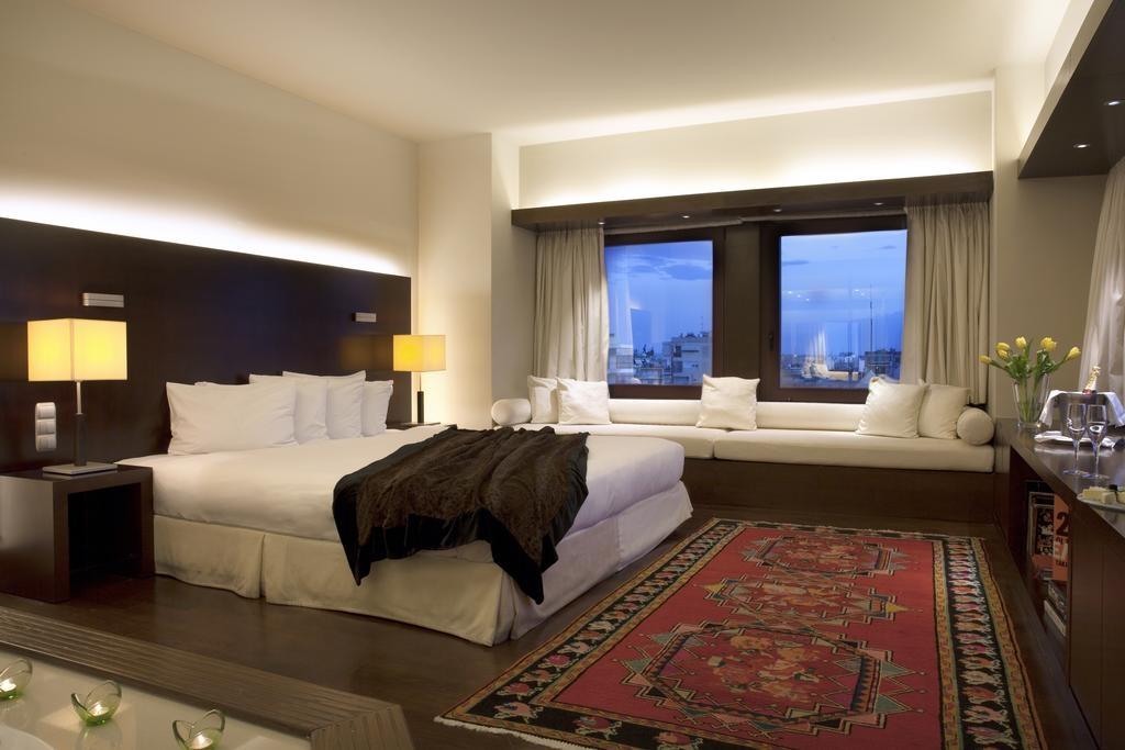 5* LAZART Hotel Thessaloniki - Θεσσαλονίκη ? -30% ? 4 Ημέρες (3 Διανυκτερεύσεις) ? 2 άτομα + 1 παιδί έως 6 ετών ? Ημιδιατροφή ? Πρωτοχρονιά (29/12/2019 έως 02/01/2020) ? Gala dinner την Παραμονή της Πρωτοχρονιάς!