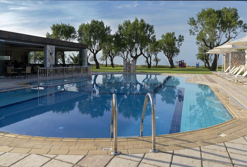 Lito Beach Hotel - Γεράνι, Χανιά ✦ 2 Ημέρες (1 Διανυκτέρευση) ✦ 2 άτομα ✦ Χωρίς Πρωινό ✦ 28/08/2021 έως 17/09/2021 ✦ Μπροστά στην παραλία!
