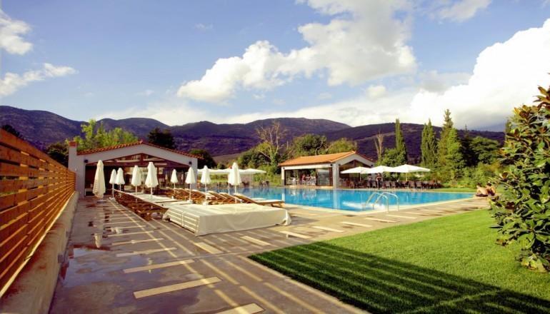 Mont Helmos Hotel - Καλαβρυτα ✦ -31% ✦ 3 Ημερες (2 Διανυκτερευσεις) ✦ 2 ατομα + 1 παιδι εως 5 ετων ✦ Πρωινο ✦ εως 30/09/2019 ✦ Late check out κατοπιν διαθεσιμοτητας!