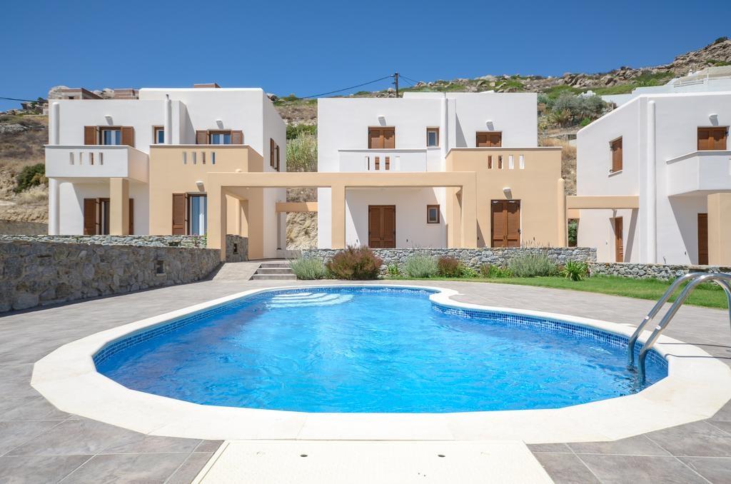 Naxos Luxury Villas – Ναξος ✦ 2 Ημερες (1 Διανυκτερευση) ✦ 2 Άτομα ΚΑΙ ενα Παιδι εως 4 ετων ✦ Χωρις Πρωϊνο ✦ εως 30/09/2018 ✦ Μπροστα στην Παραλια!