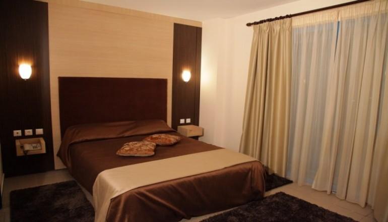Hotel Alexander - Σέρρες - 90€ από 180€ (Έκπτωση 50%) ΚΑΙ για τις 3 ημέρες / 2 διανυκτερεύσεις KAI για τα 2 Άτομα ΚΑΙ ένα Παιδί έως 12 ετών με Πρωινό σε δίκλινο δωμάτιο στο Hotel Alexander, στις Σέρρες! Υπάρχει δυνατότητα επιπλέον διανυκτέρευσης!