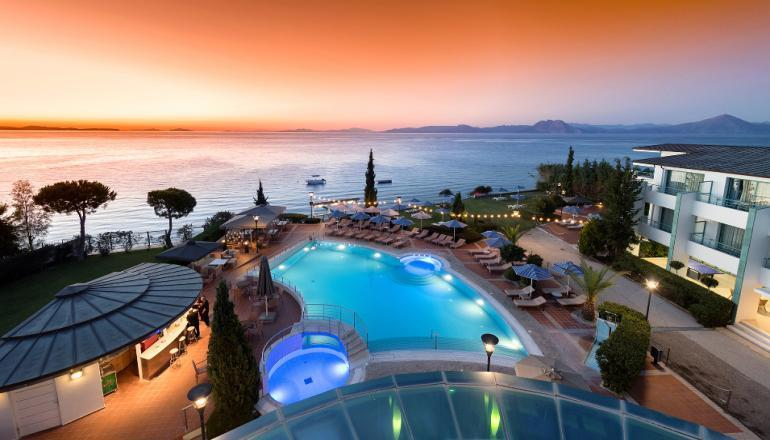 5* Poseidon Palace - Πάτρα ✦ -45% ✦ 3 Ημέρες (2 Διανυκτερεύσεις) ✦ 2 Άτομα ΚΑΙ έ hotels