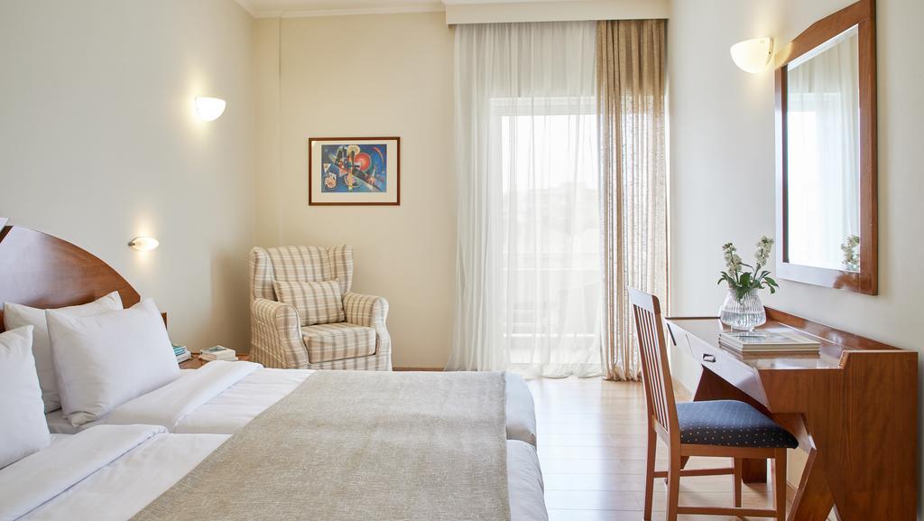 Preveza City Hotel - Πρέβεζα ✦ 2 Ημέρες (1 Διανυκτέρευση) ✦ 2 άτομα + 1 παιδί έως 3 ετών ✦ Χωρίς Πρωινό ✦ 01/07/2021 έως 31/08/2021 ✦ Free Wi-Fi