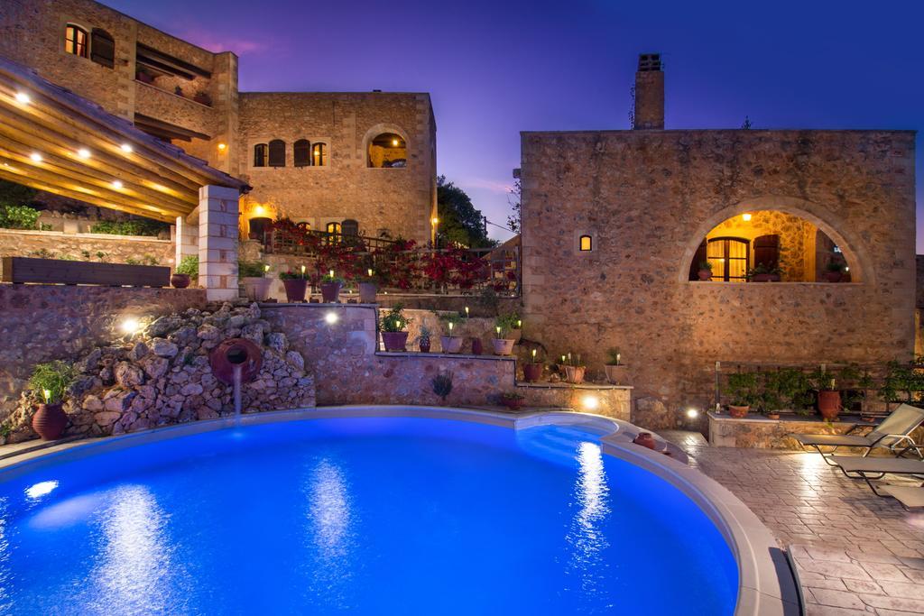Samonas Traditional Villas - Χανιά, Κρήτη ✦ 2 Ημέρες (1 Διανυκτέρευση) ✦ έως 3 άτομα ✦ Χωρίς Πρωινό ✦ 01/09/2020 έως 30/09/2020 ✦ Free WiFi