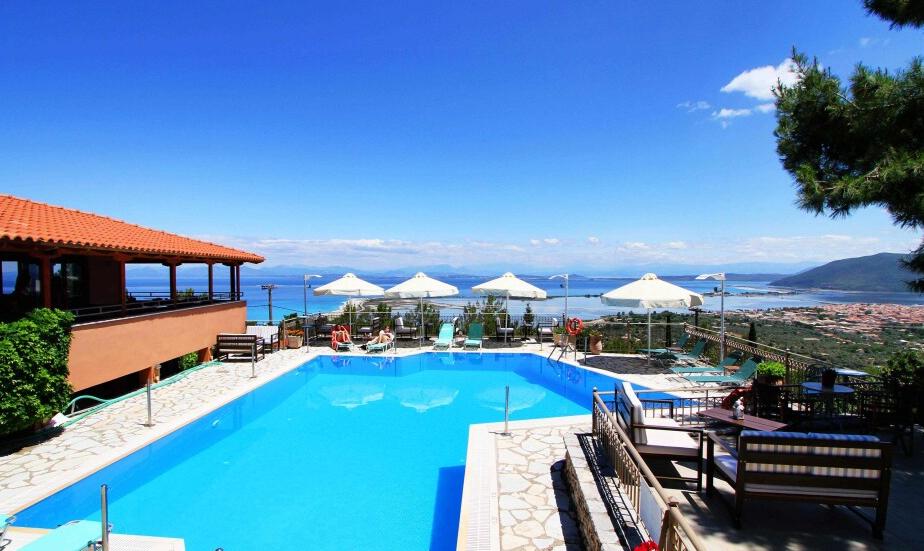 Semiramis Hotel - Λευκάδα ✦ 3 Ημέρες (2 Διανυκτερεύσεις) ✦ 2 άτομα ✦ Πρωινό ✦ 30/08/2021 έως 12/09/2021 ✦ Μοναδική θέα!