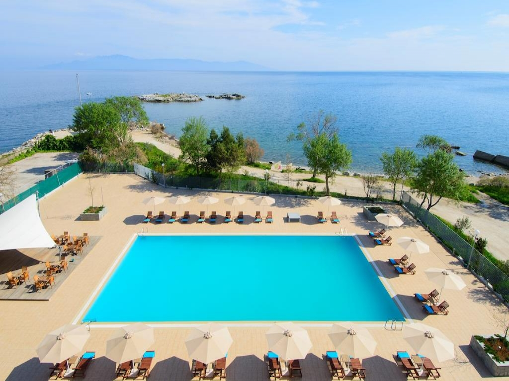 5* Lucy Hotel - Καβάλα ? 2 Ημέρες (1 Διανυκτέρευση) ? 2 άτομα ? Πρωινό ? 01/09/2019 έως 30/09/2019 ? Μπροστά στην παραλία