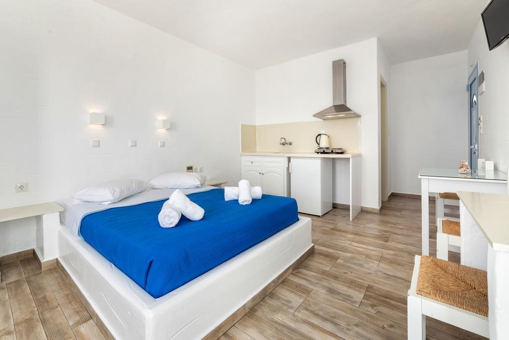 Stratos Apartments & Studios - Πάρος ✦ 2 Ημέρες (1 Διανυκτέρευση) ✦ 2 άτομα ✦ Χωρίς Πρωινό ✦ έως 30/06/2021 ✦ Κοντά σε παραλία!