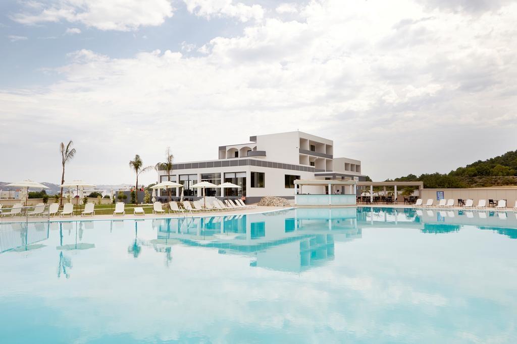 SunConect Evita Resort - Ρόδος ? -40% ? 4 Ημέρες (3 Διανυκτερεύσεις) ? 2 Άτομα ΚΑΙ ένα Παιδί έως 13 ετών ? All Inclusive ? έως 31/07/2017 ? Νεροτσουλήθρες