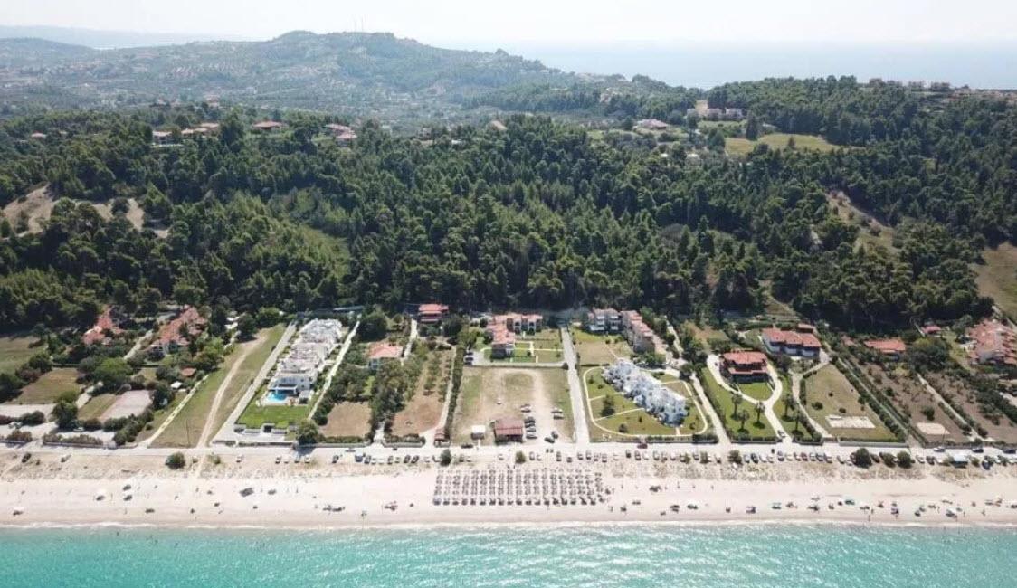 Sunset Villas - Κασσάνδρα, Χαλκιδική ✦ 6 Ημέρες (5 Διανυκτερεύσεις) ✦ 8 άτομα ✦ Χωρίς Πρωινό ✦ 01/09/2021 έως 30/09/2021 ✦ Μπροστά στην Παραλία!