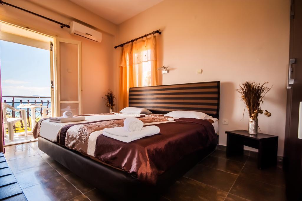 Ulrika Hotel - Αίγινα ✦ -30% ✦ 3 Ημέρες (2 Διανυκτερεύσεις) ✦ 2 άτομα + 1 παιδί έως 6 ετών ✦ Χωρίς Πρωινό ✦ 16/09/2020 έως 30/09/2020 ✦ Κοντά σε Παραλία!