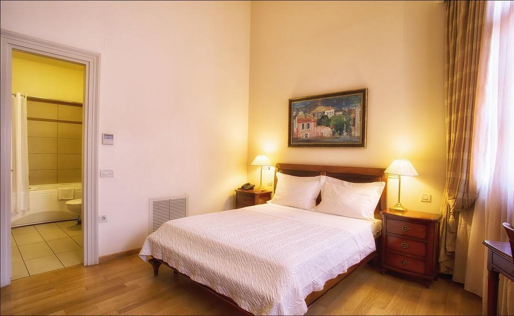 Xenon Inn Hotel - Ναύπλιο ✦ 3 Ημέρες (2 Διανυκτερεύσεις) ✦ 2 άτομα + 1 παιδί έως 5 ετών ✦ Πρωινό ✦ έως 18/12/2020 ✦ Κοντά στην παραλία!